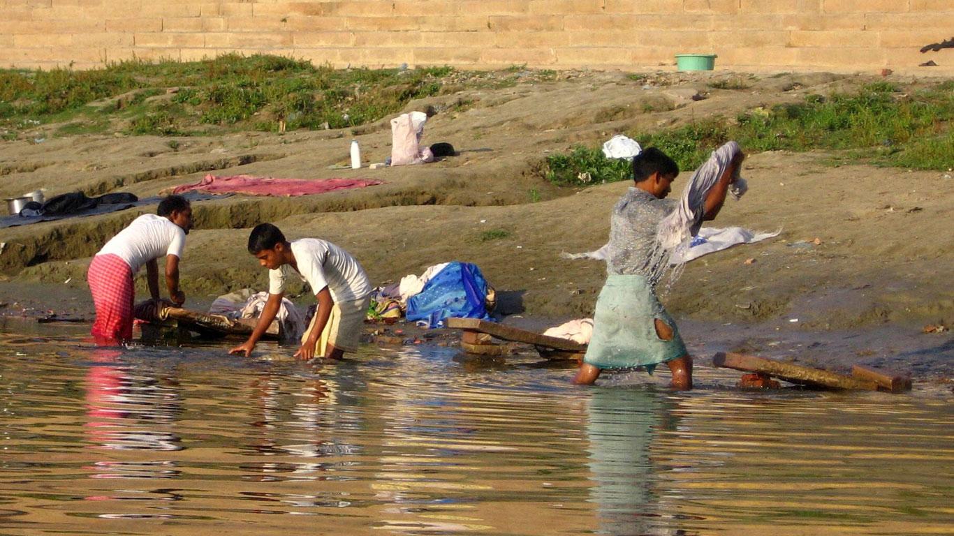 Leichen im Fluss