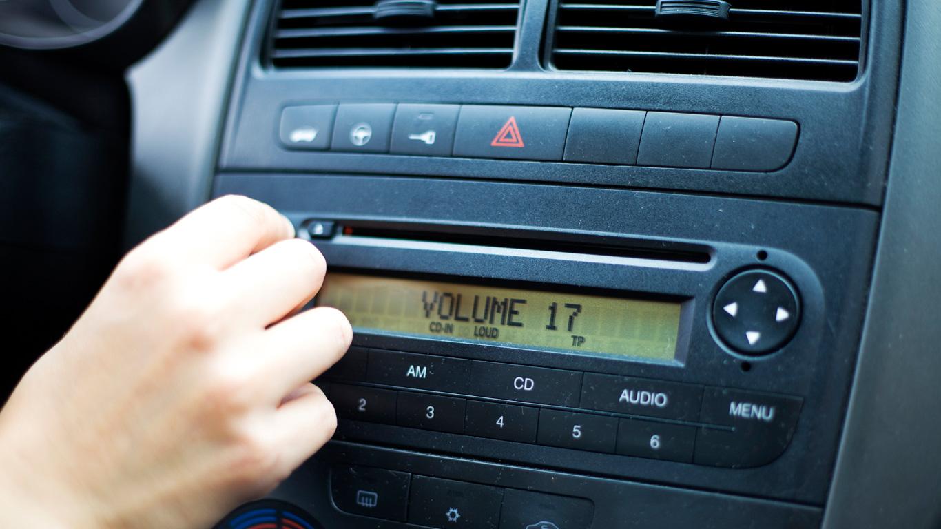 2. Wer bestimmt die Musik im Taxi?