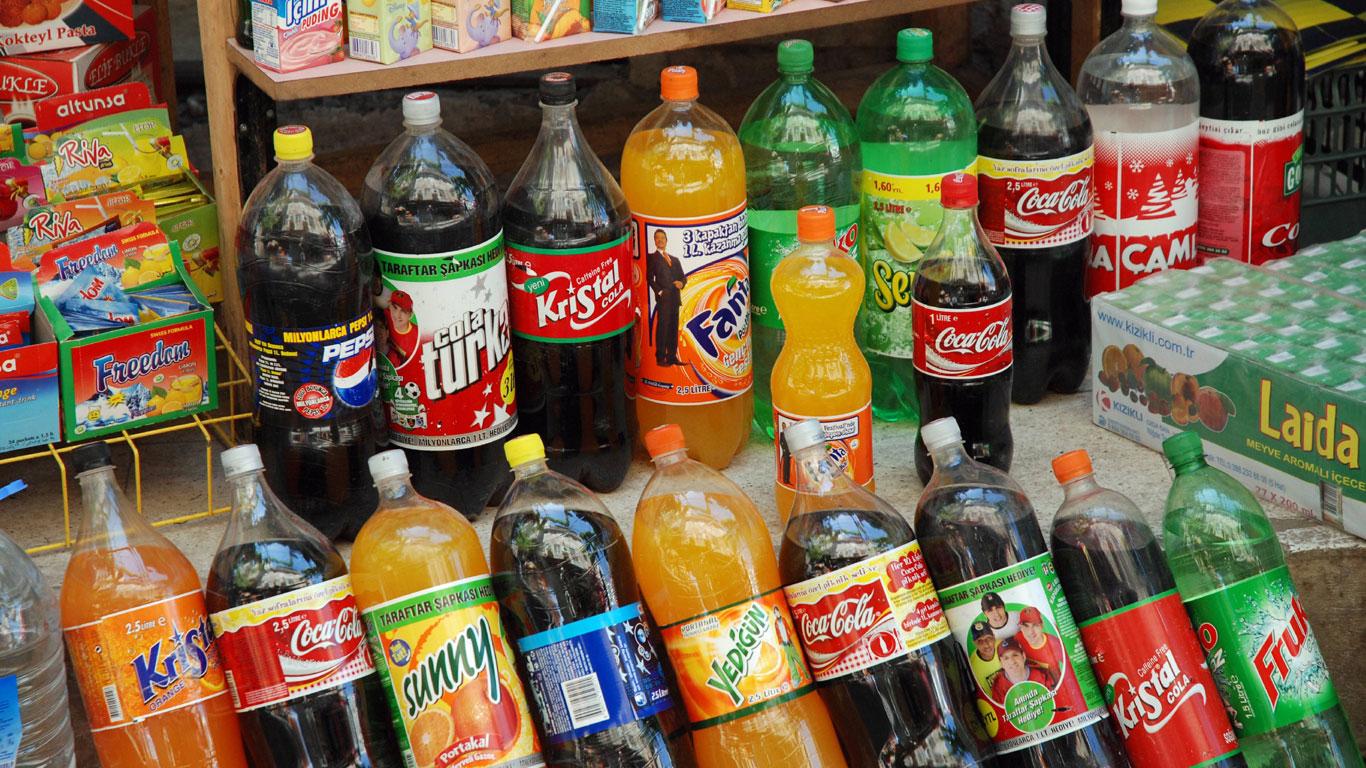 Gesund oder ungesund? Die größten Lügen über Getränke