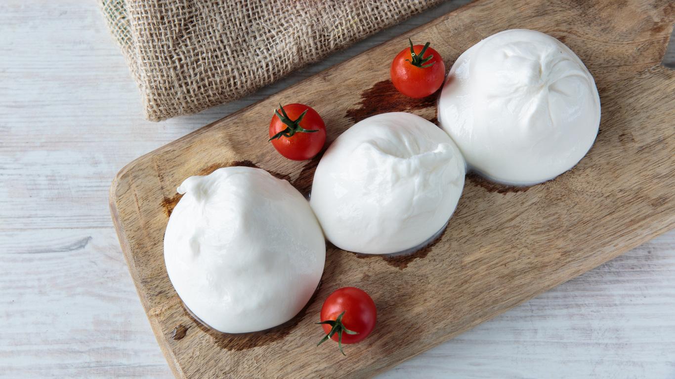 Mozzarella mit aufgelöster Haut muss nicht schlecht sein