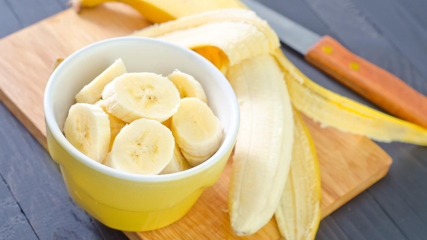 Bananen und Heidelbeeren