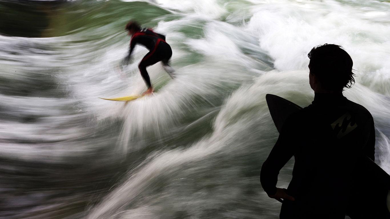 München: Surfen am Eisbach