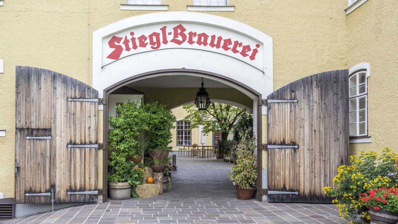 Mittendrin im Hinterhof der Stiegl Brauerei