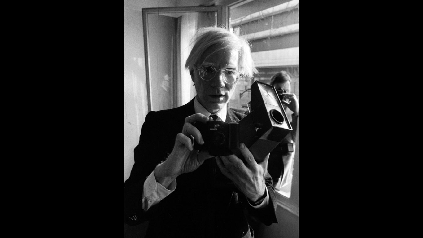 Andy Warhol als Polaroid-Fan
