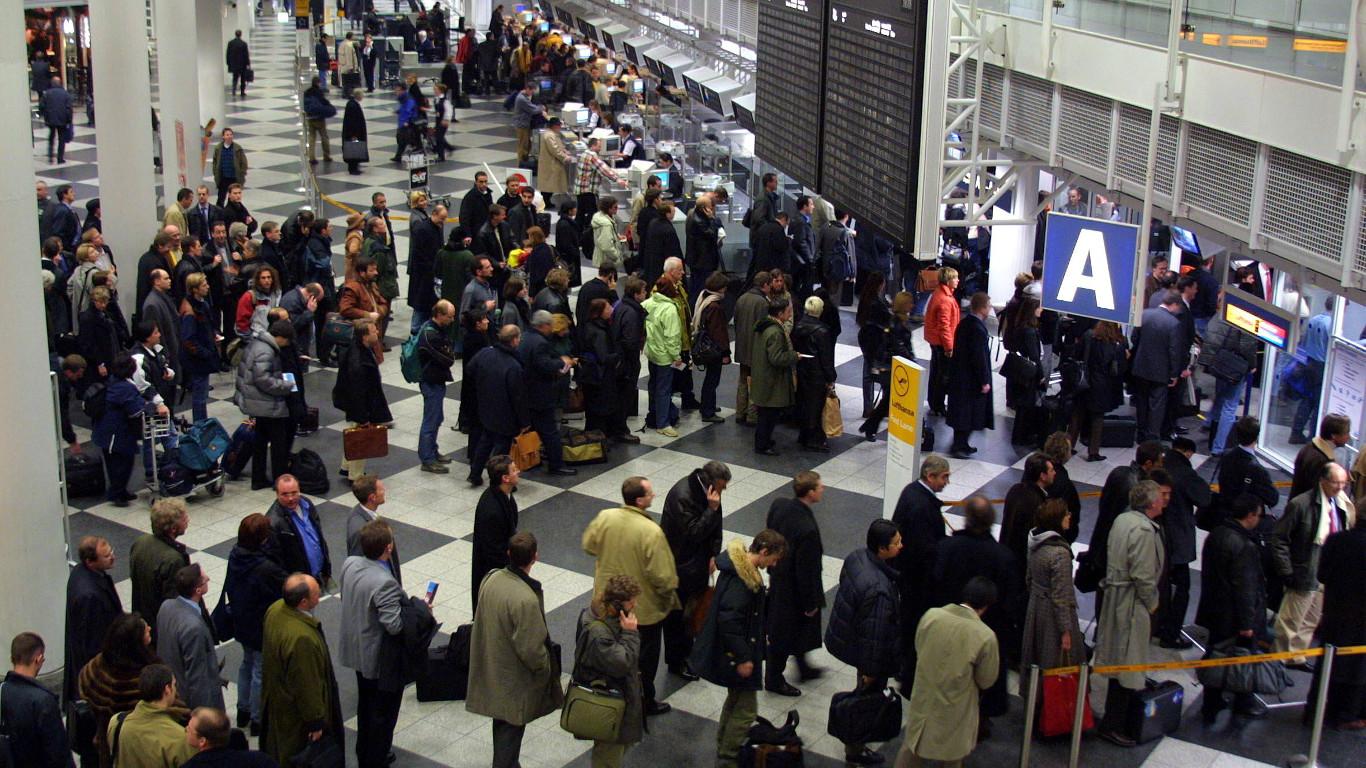 Wieso standen die Namen der Attentäter nicht auf den Passagierlisten?