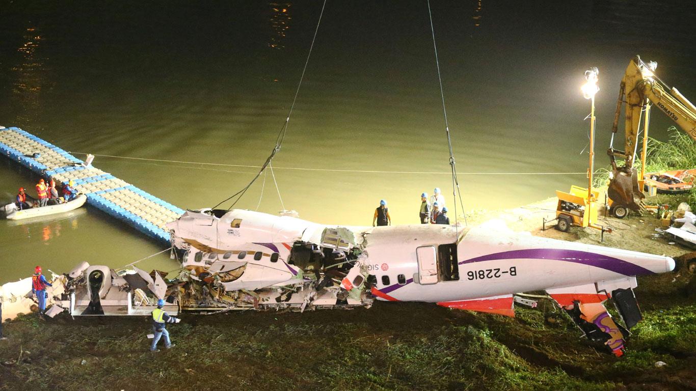 Einen Flugzeugabsturz überleben