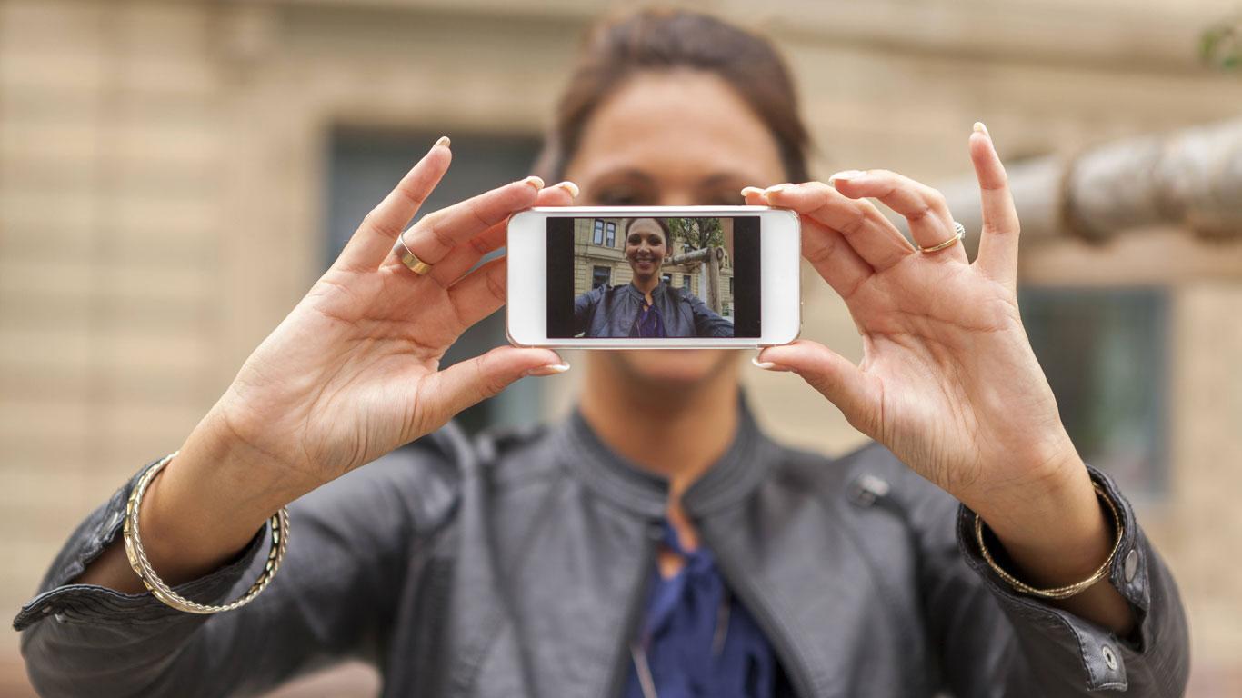 Sind Selfies gut oder schlecht für das Selbstbewusstsein?