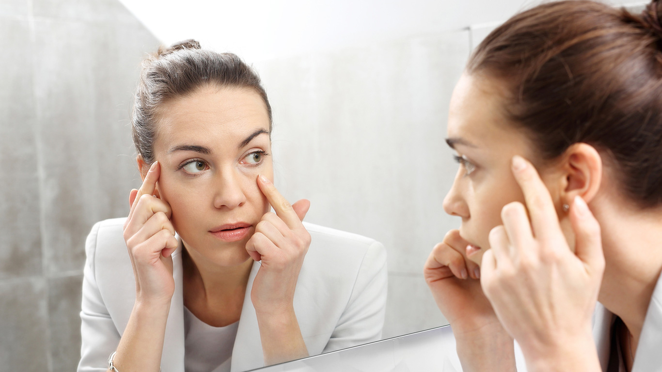 Kartoffelscheiben gegen Augenringe
