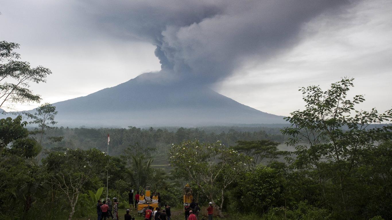 Agung, Indonesien
