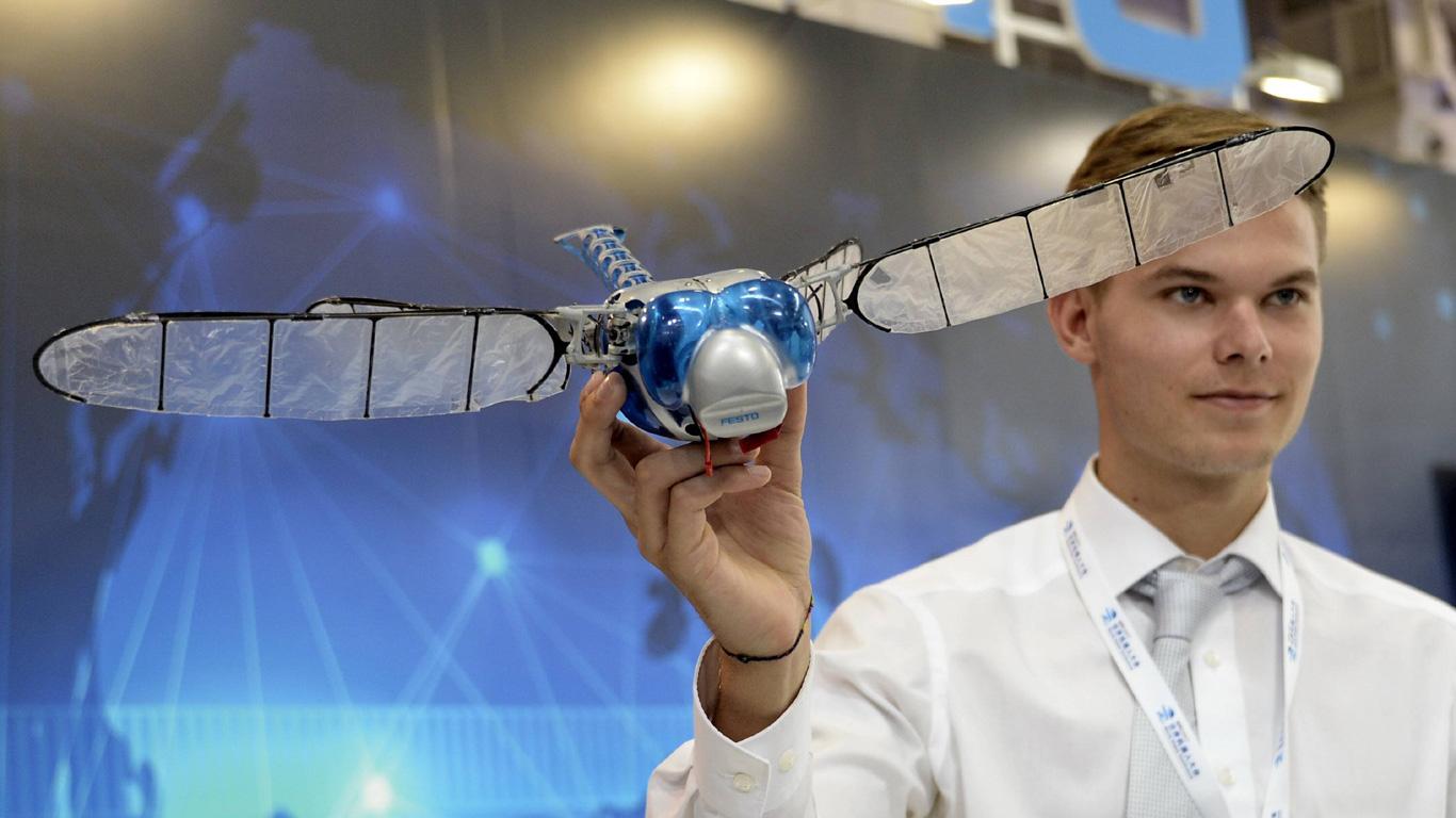 Libellen-Roboter (BionicOpter)