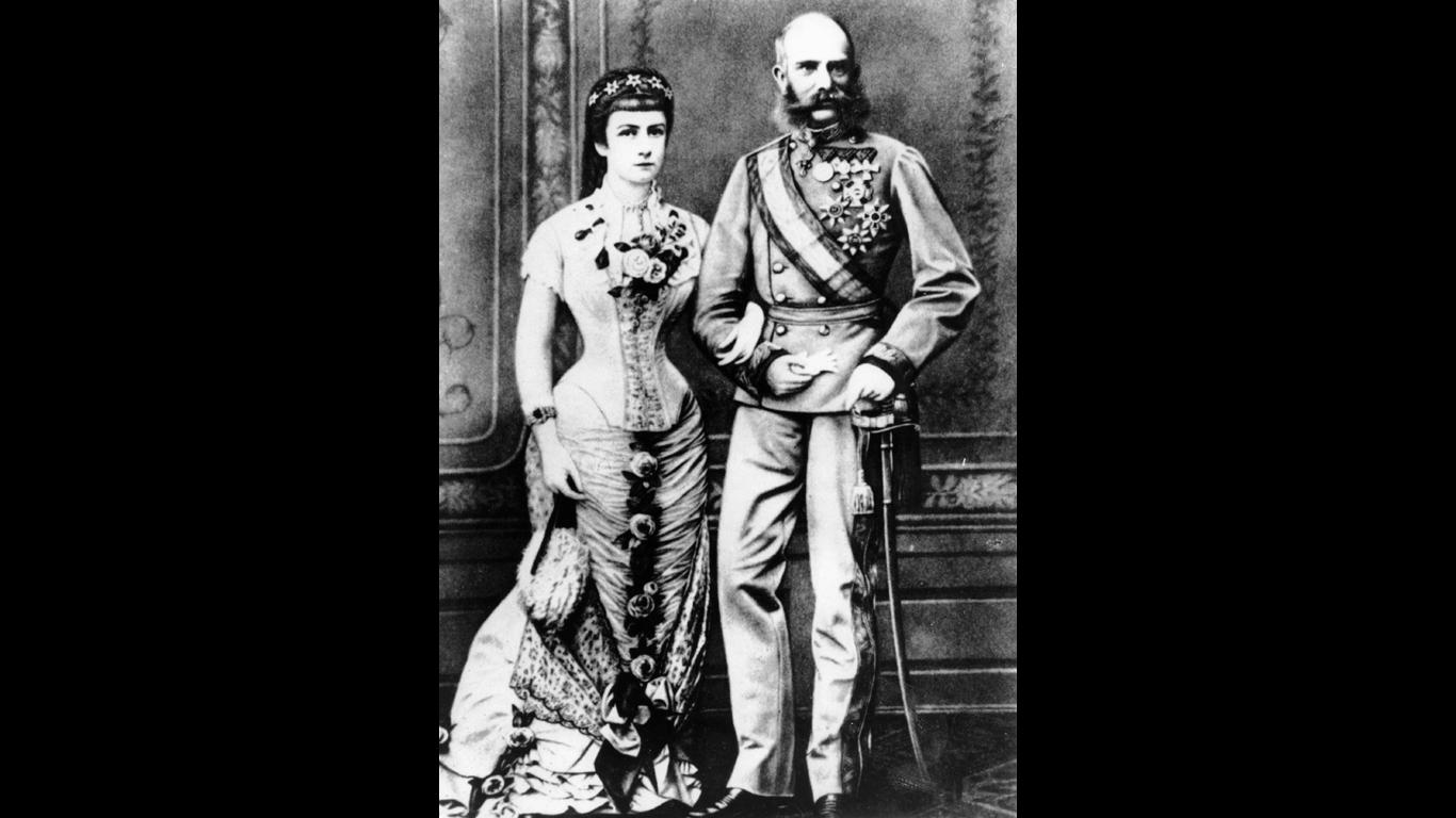 Mythos 9: War Sisi größer als Kaiser Franz Joseph?
