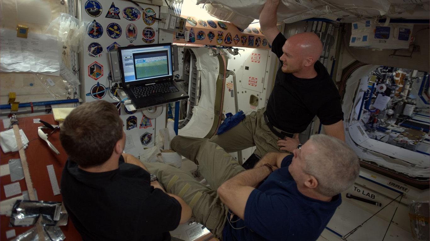 """20 Minuten """"Public Viewing"""" auf der ISS"""