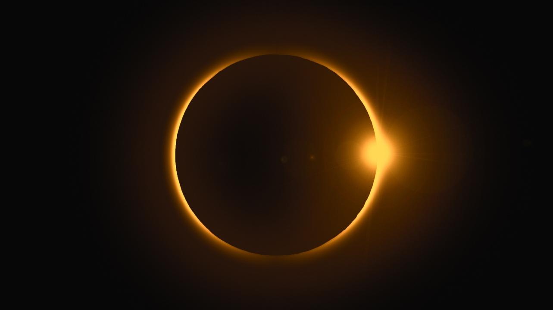 21. Juni: Ringförmige Sonnenfinsternis und Sommer-Neumond