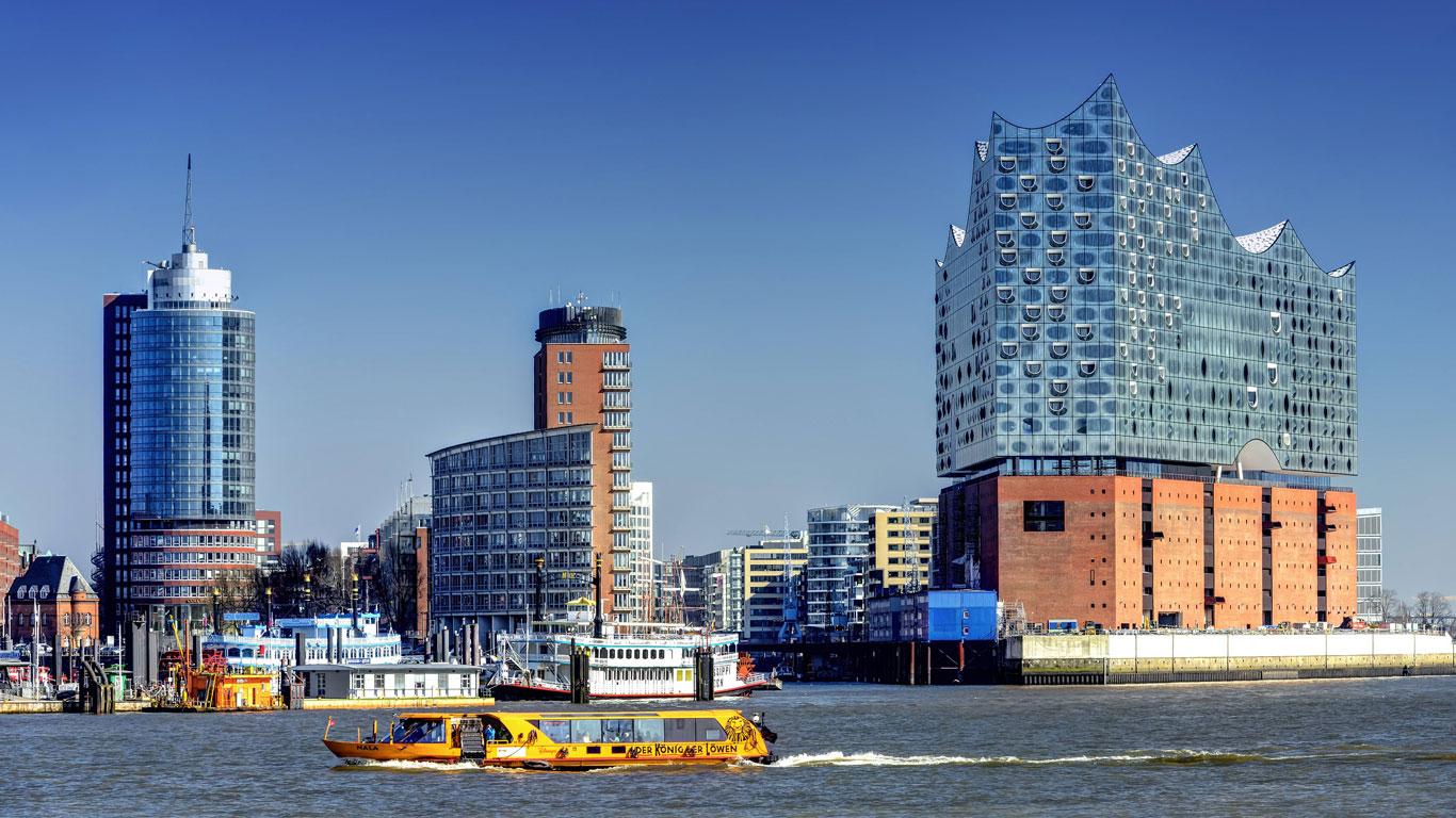 Die Baustelle in der Elbe