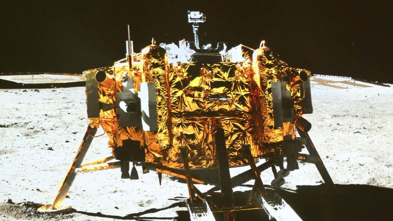 Das erste Bier auf dem Mond