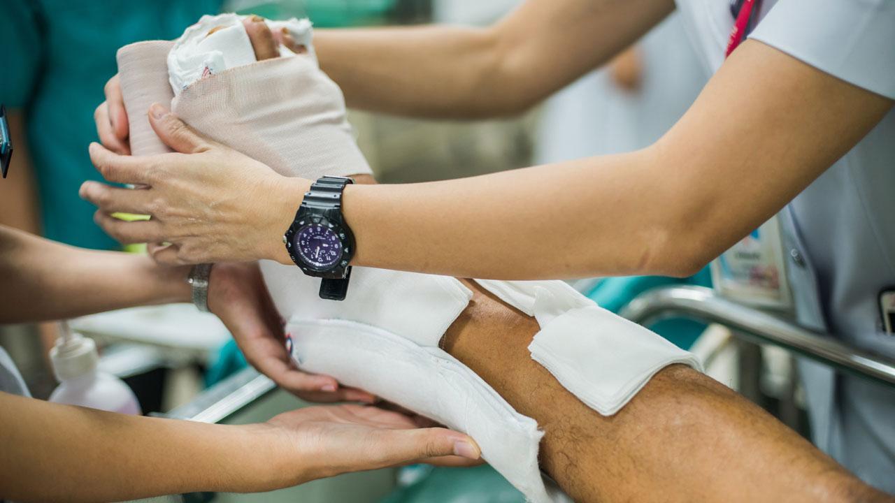 #6 Knochenbrüche müssen sofort geschient werden, damit sie gut verheilen können