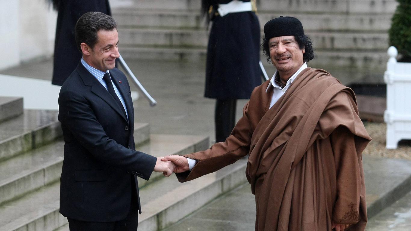 Frankreichs Ex-Präsident Nicolas Sarkozy verbringt eine Nacht im Gefängnis