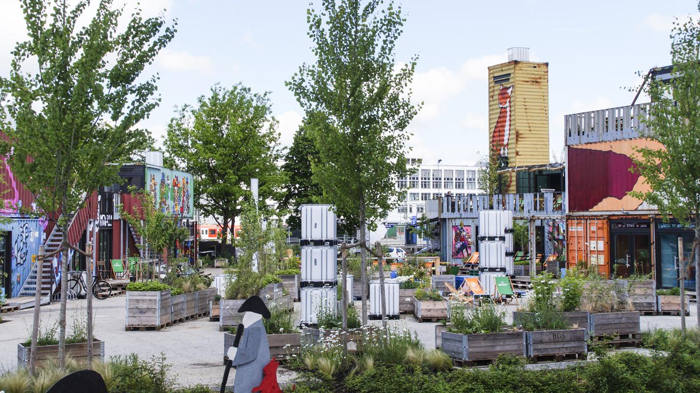 Zwischennutzung von seiner besten Seite – Container Collective in München