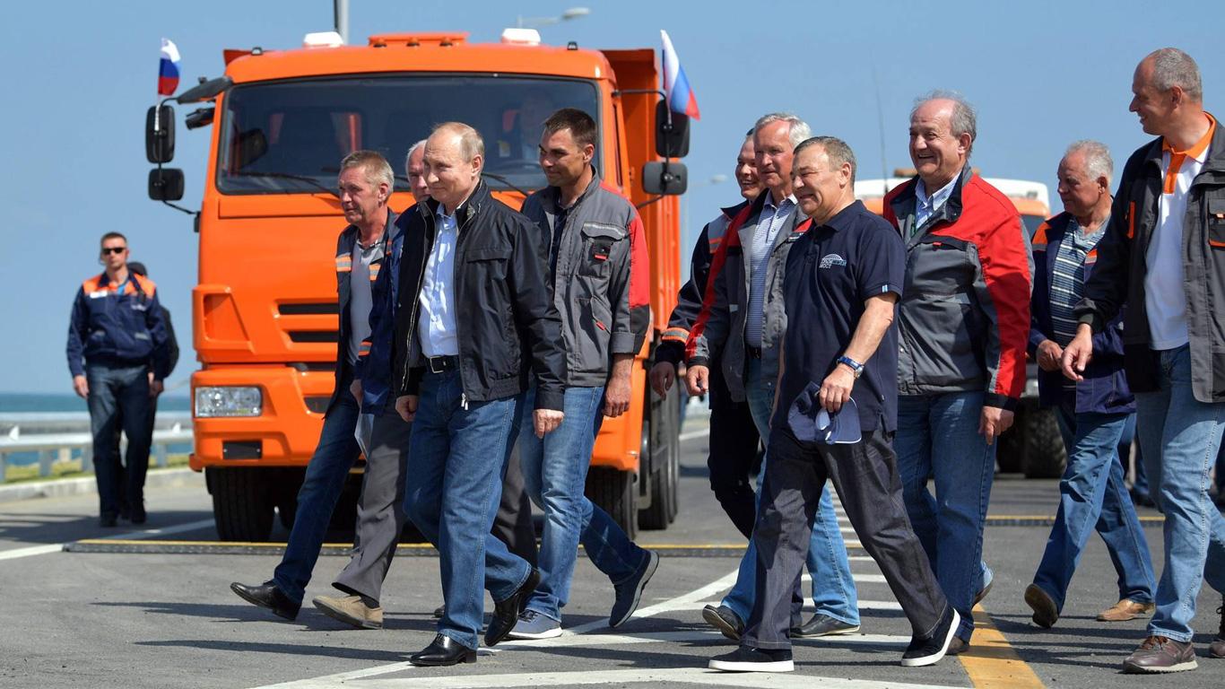 Errichtung der Krim-Brücke