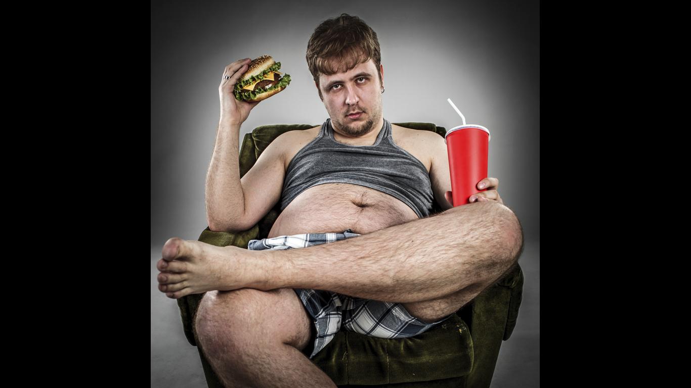 Wie lange braucht mein Magen, um Fast Food zu verdauen?
