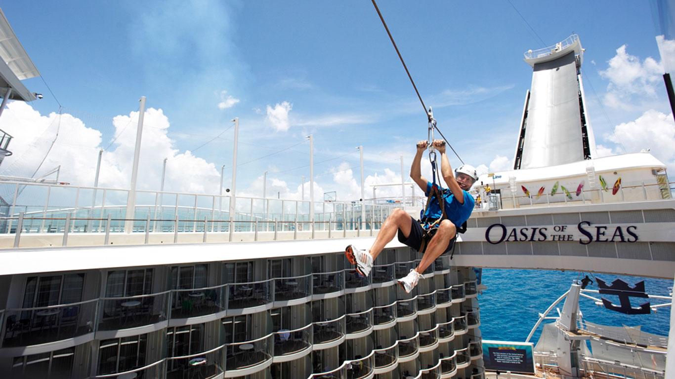 Klettern, Eislauf, Fallschirmsprung: Das Kreuzfahrtschiff als Sportpark