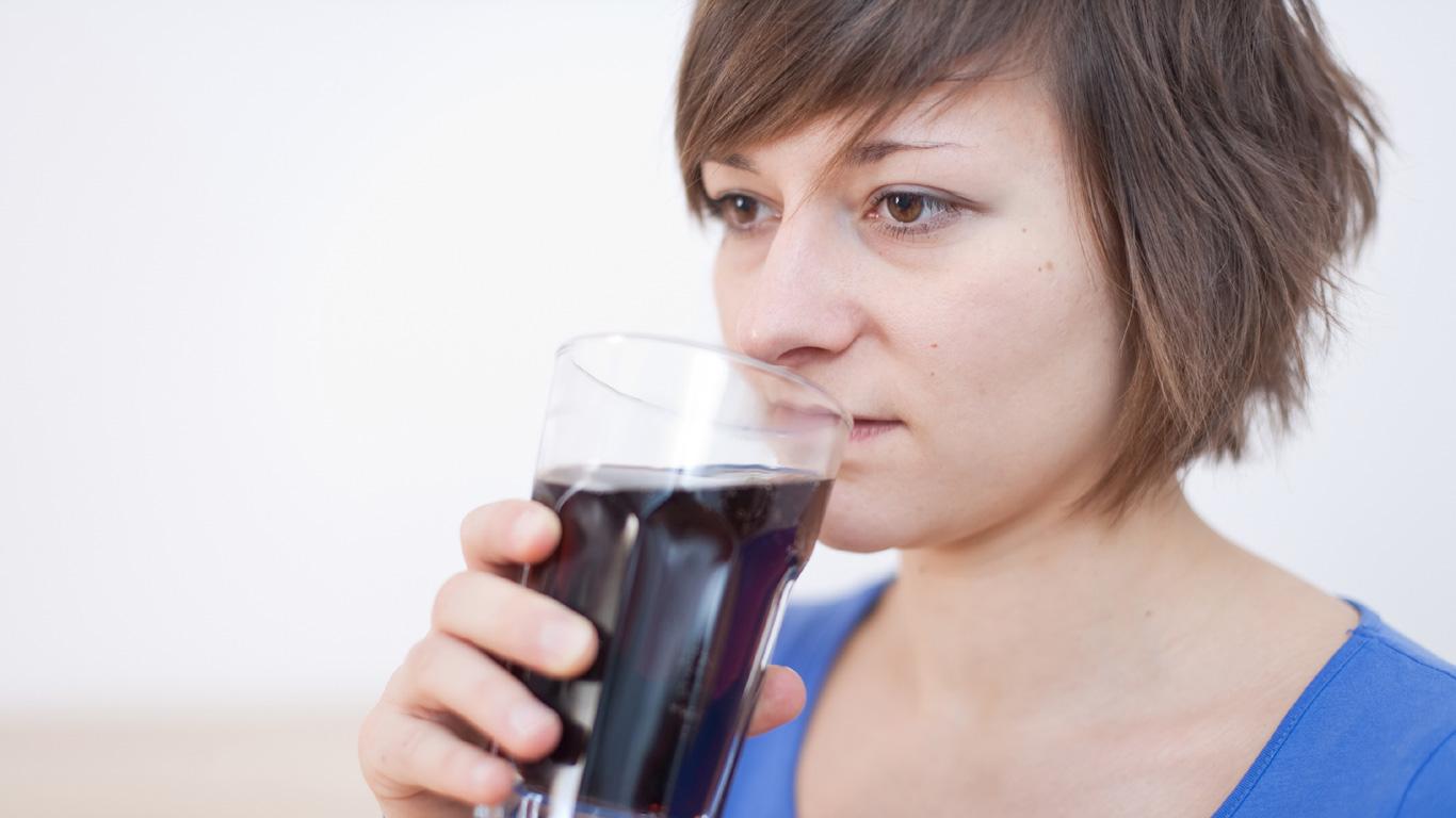 Helfen Cola und Salzstangen?