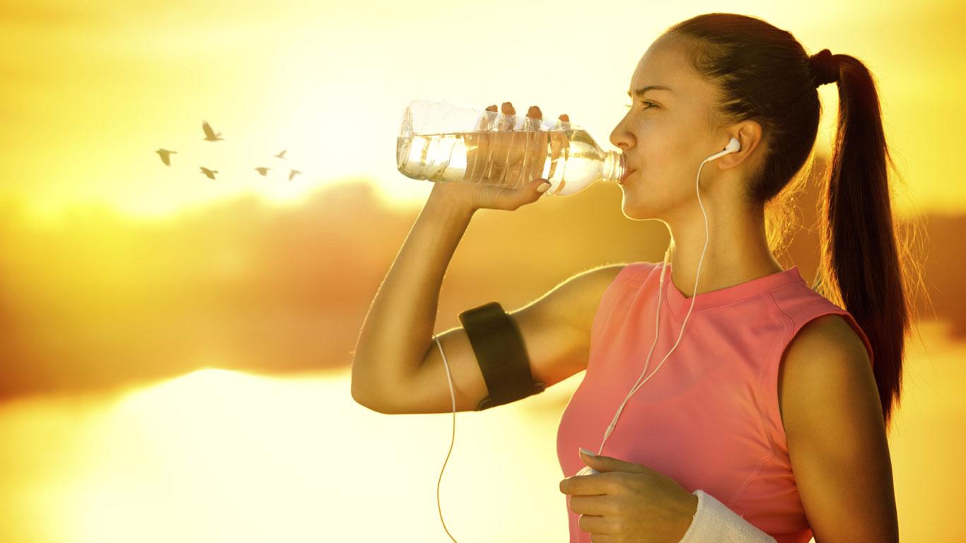 Bis zu drei Liter Wasser pro Stunde Sport