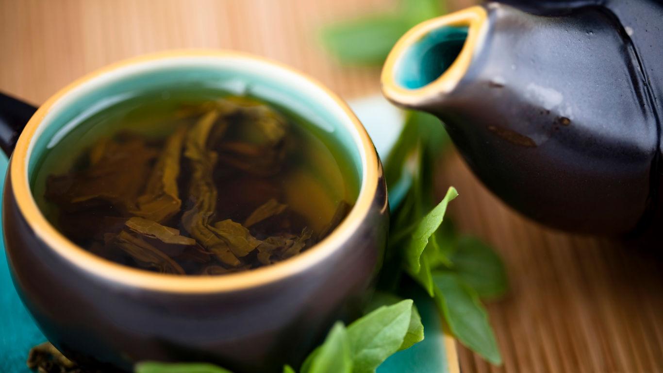 Tipp 2: Grünen Tee trinken
