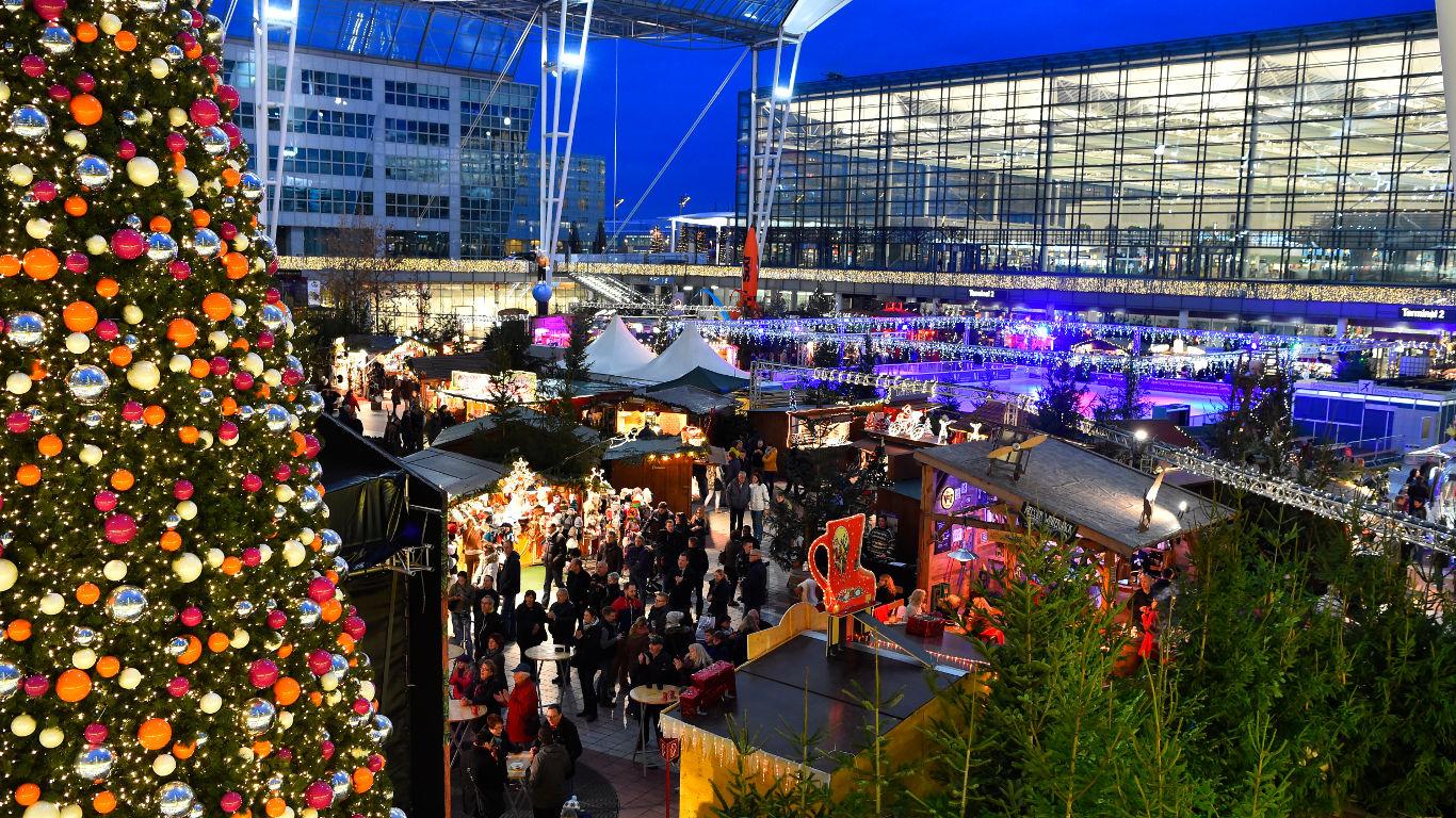 Eislaufen und Wintermarkt am Münchner Flughafen