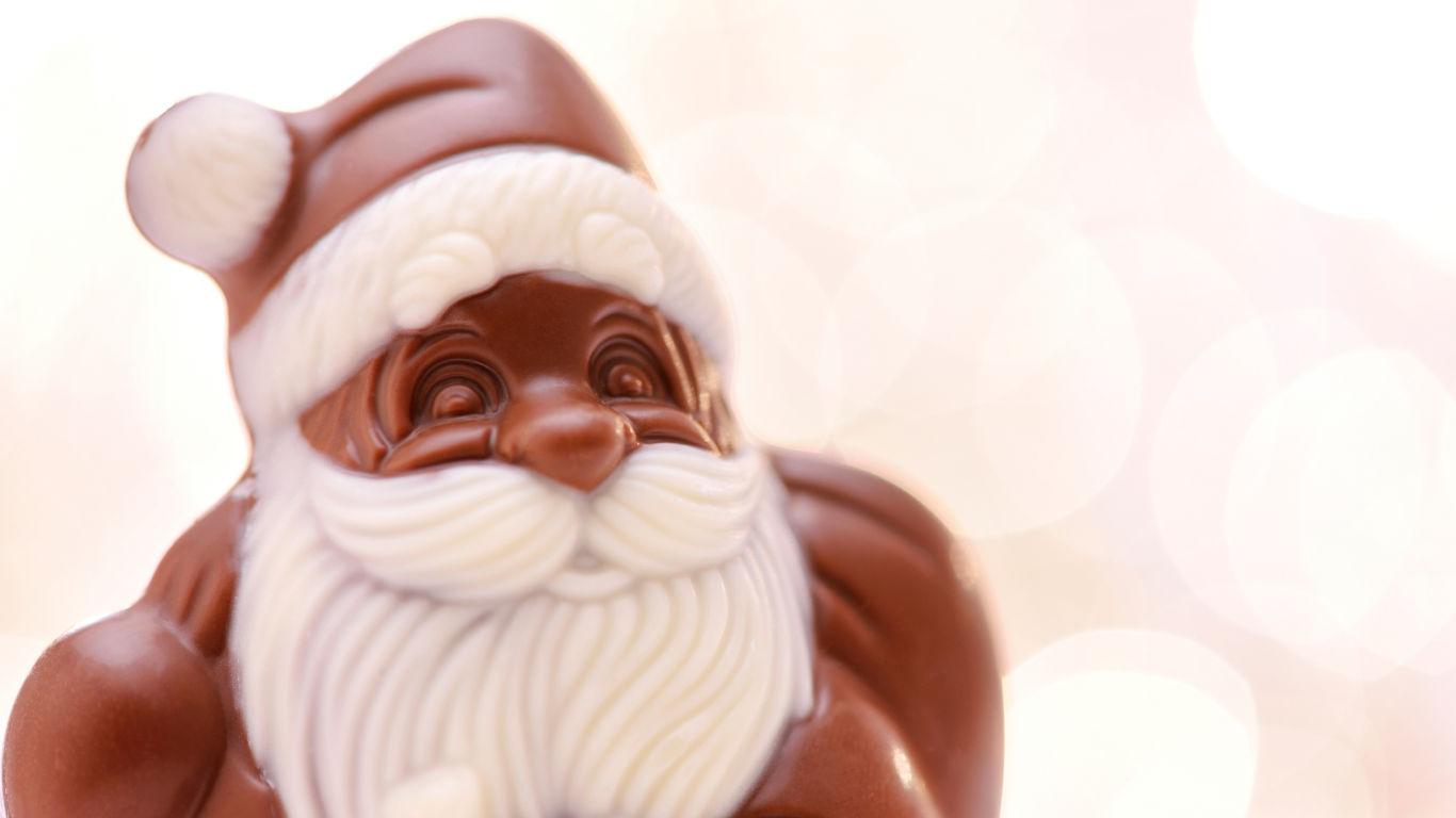 Süße Bescherung mit Schoko-Weihnachtsmännern