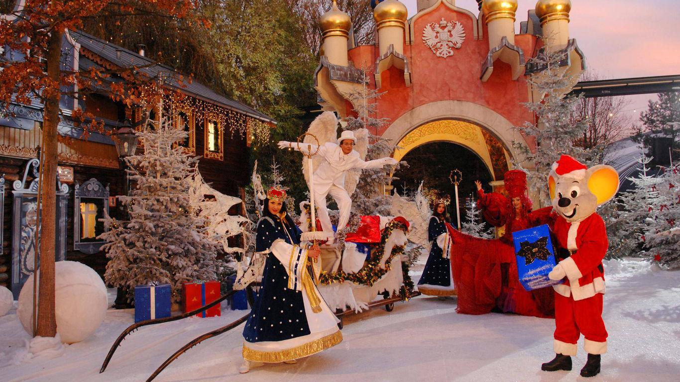 Action und Spaß: Europapark im Weihnachtslook