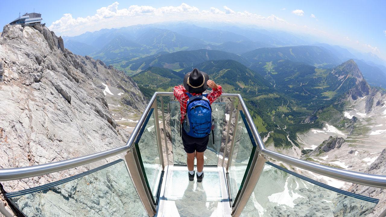 Treppe ins Nichts – 60-Tonner mit Aussicht