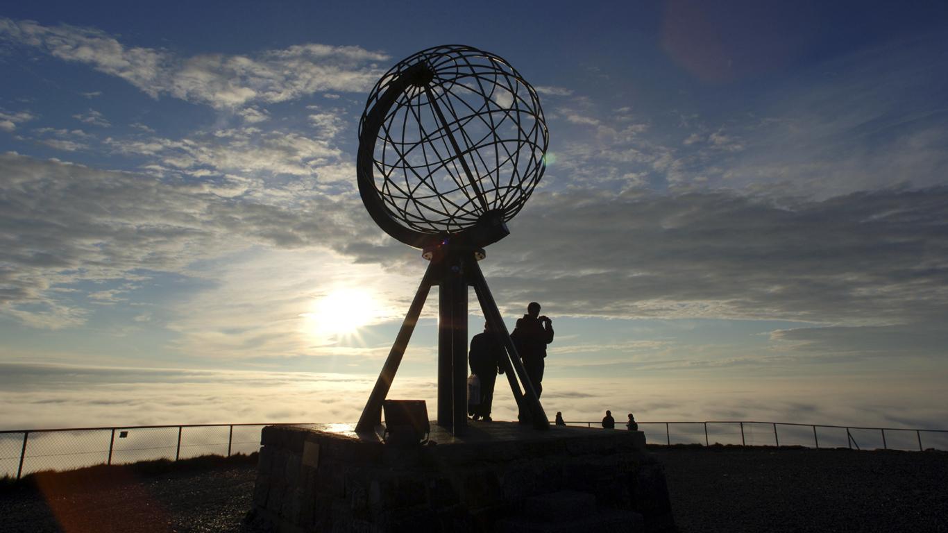 Mitternachtssonne bei frischen Temperaturen – Norwegen