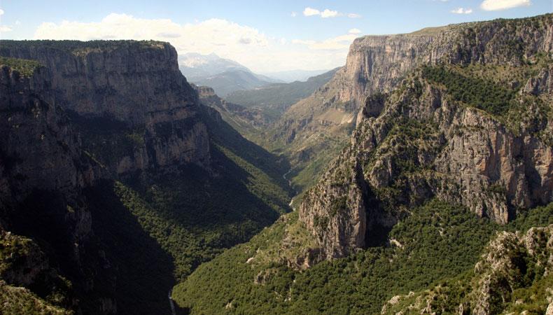 Für Abenteuerlustige: Die weltweit tiefste Schlucht
