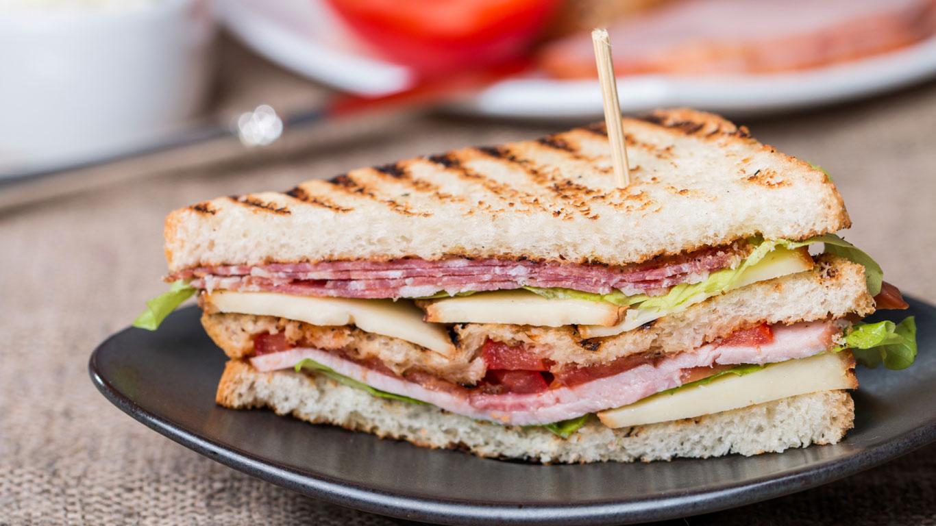 Sandwiches für den kleinen Hunger an Bord