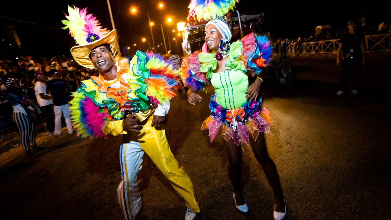 Ausgelassen feiern in Santiago de Cuba