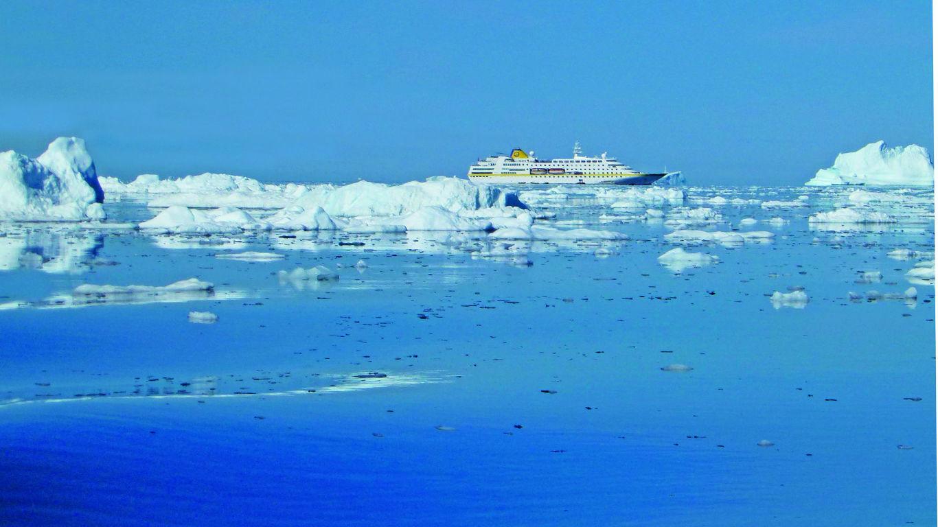 Mitternachtssonne und Naturschauspiele im ewigen Eis