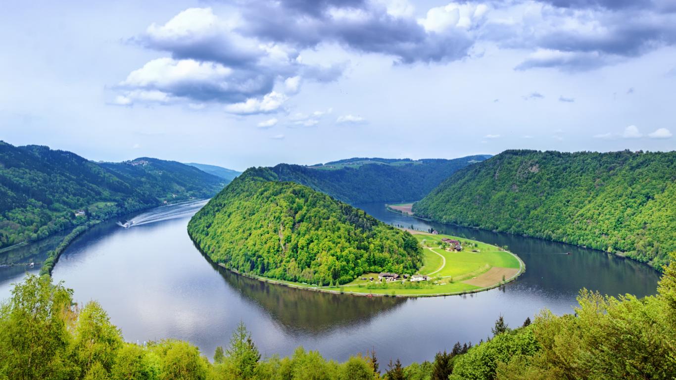 Vom Schwarzwald bis zum Schwarzen Meer – der Donauradweg