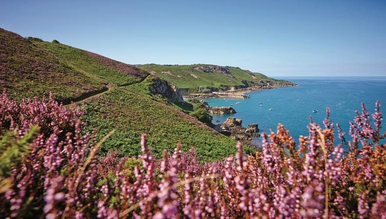 Kanalinsel Jersey: Singles zwischen England und Frankreich