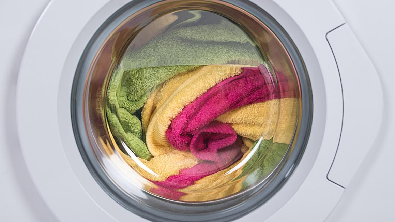Volle Waschmaschinen waschen