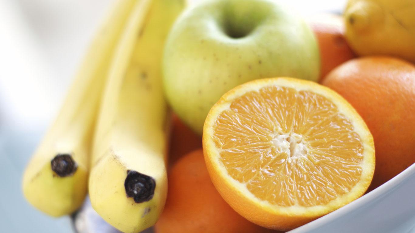 Nektarinen, Orangen, Bananen, Äpfel